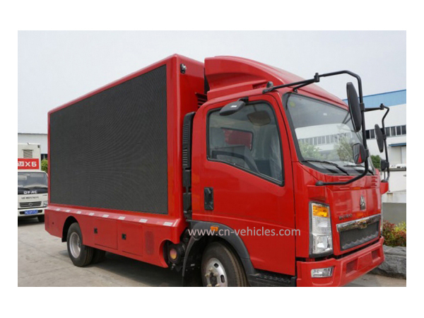 HOWO P6 Multiple Functional LED Media Advertising Truck For Export