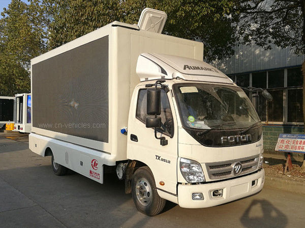 P6 Scrolling Billboard Truck , Led Wall Truck For Products Promotion