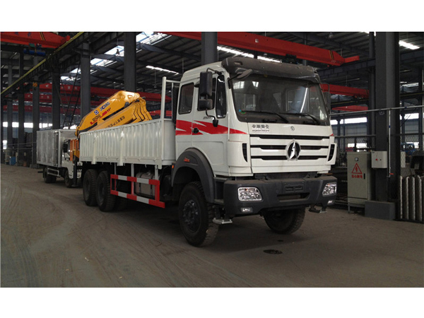 North Benz 12 Tons Folding Truck Mounted Crane for Sales