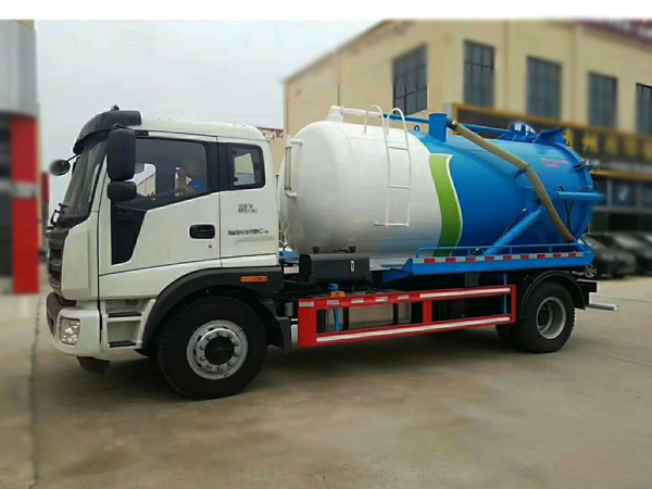 Foton 8000 Liters Suction Vacuum Sewer VAC 6 Wheel Trucks For Sales